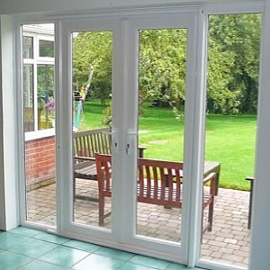 Fly screens brisbane retractable insect screen doors for Roller fly screens for patio doors