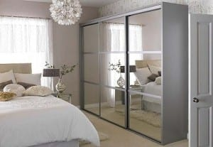 sliding-wardrobe-door-300x207