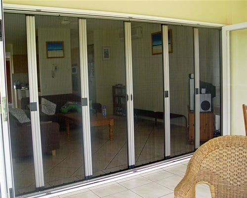 Buyers guide to retractable insect screens for Retractable insect screens